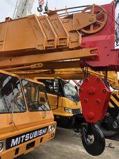 KATO NK500E 50ton truck crane ajoneuvonosturi
