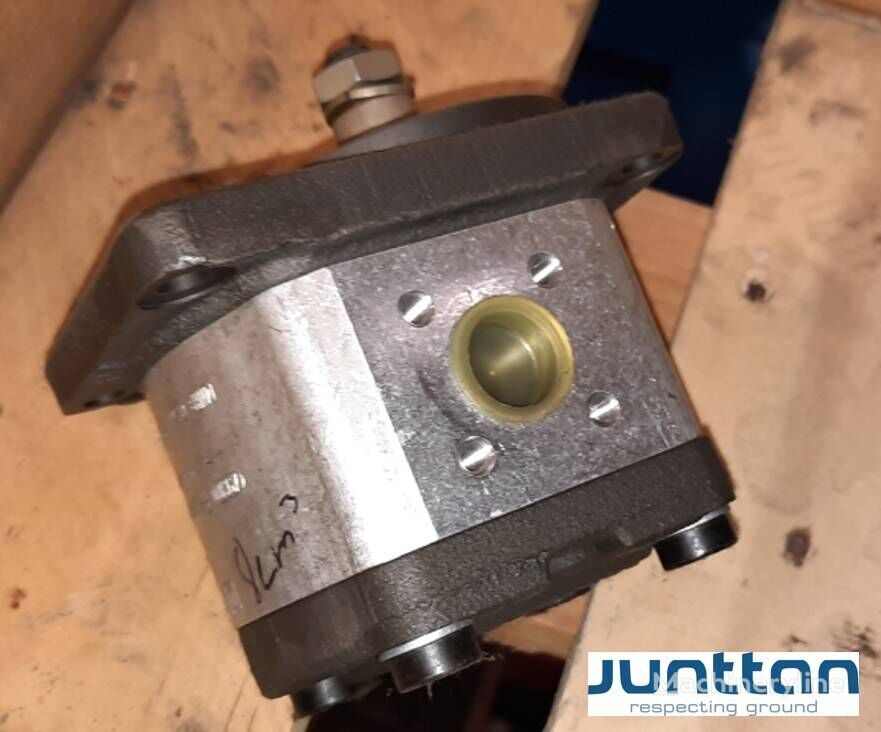 uudet kaivuri Rexroth AZMF-11-008RCB20MB (0511425001) hydraulimoottori